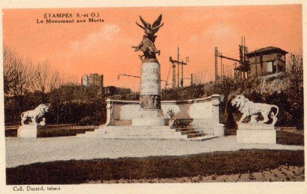 Monument aux Morts (orange)